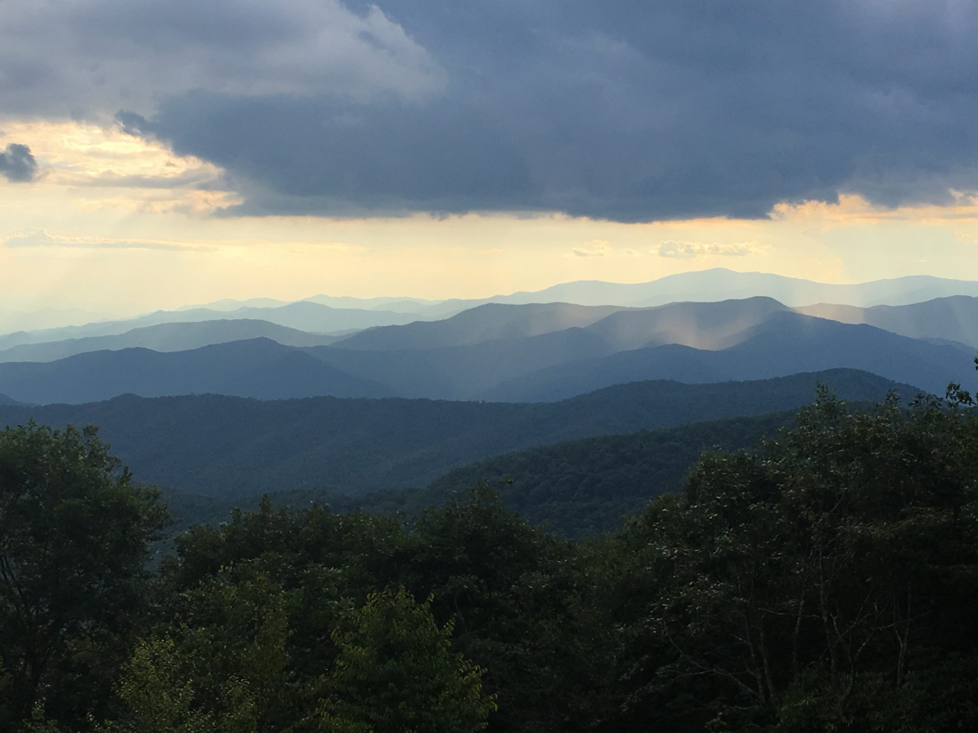 tips-family-fun-near-smoky-mountains
